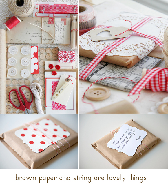 Упаковка подарков в упаковочную бумагу